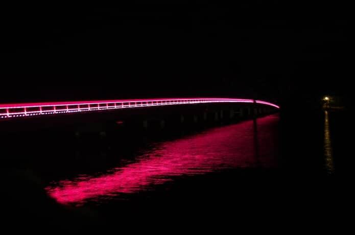 ライトアップされた福浦橋