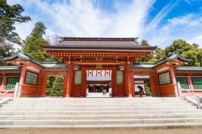 志波彦神社 神門