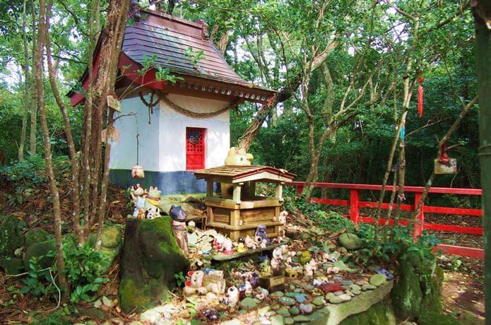 田代島 猫神社 祠