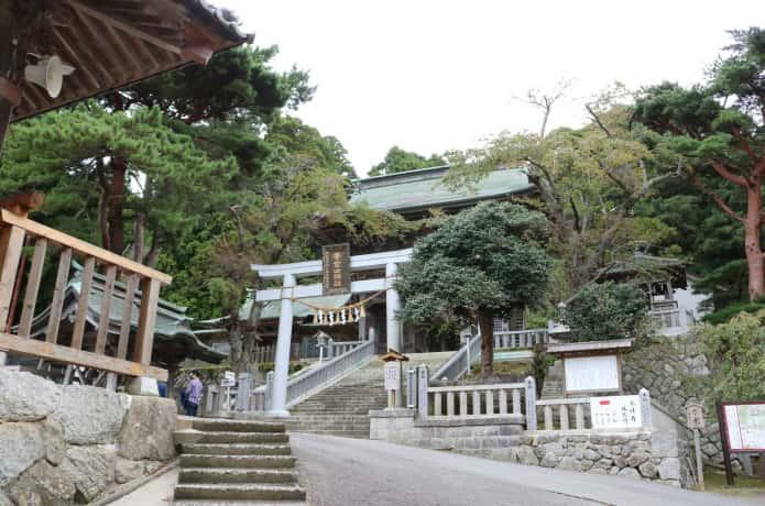 金華山 神社