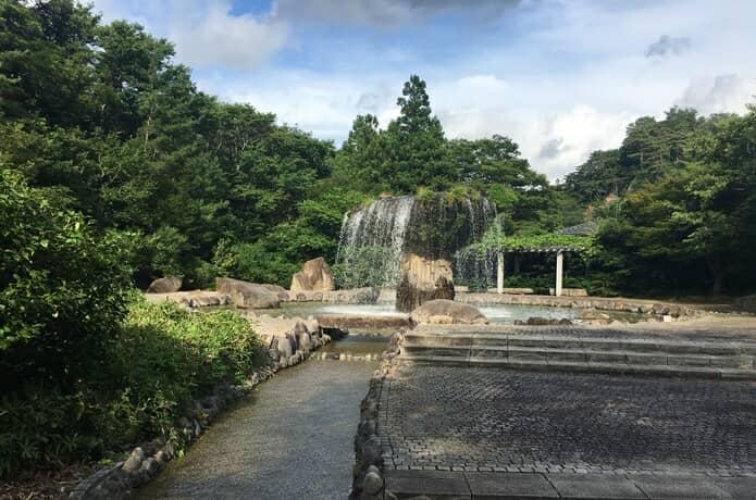 材木岩 親水公園