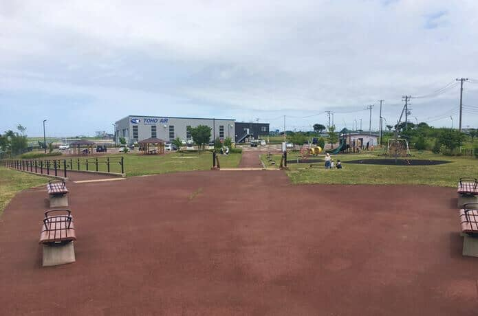 仙台臨空公園の広場