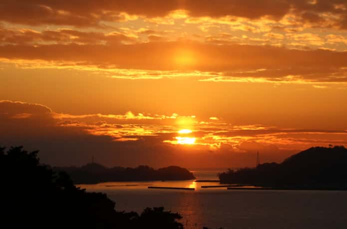 双観山 日の出