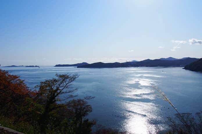崎山公園付近からみる女川湾
