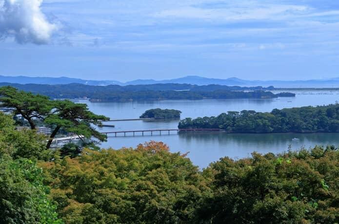 西行戻しの松公園と福浦橋