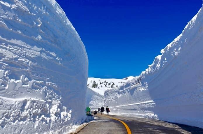 蔵王町 雪の壁