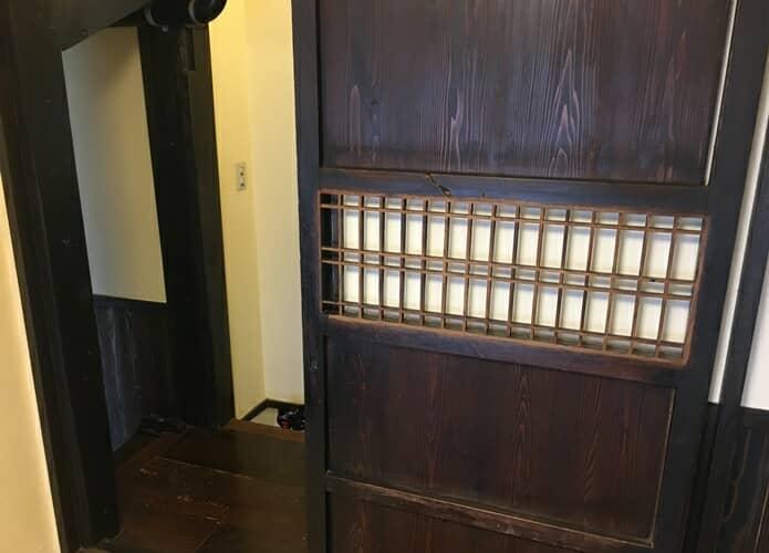 松島プチホテルビストロアバロン 客室玄関