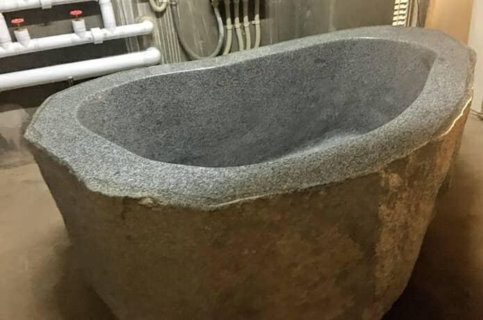 松島プチホテルアバロン 巨大風呂