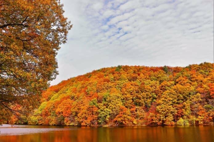 秋の長老湖
